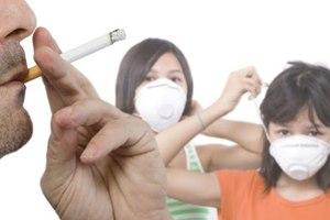 Επιρρεπείς στα καρδιακά τα παιδιά καπνιστών